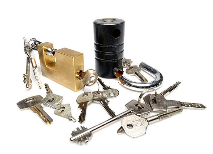 diferentes tipos de candados y llaves